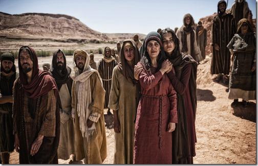 *Прочтите в 9 главе Евангелия от Матфея как, увидев толпы народа, Сын Человеческий сжалился над ними, потому что они были изнурены и рассеяны, как овцы, не имеющие Пастыря...