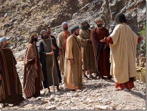 *Откройте НОВЫЙ ЗАВЕТ и узнайте, что сказал Сын Человевеский: Я Свет миру; кто последует за Мною, тот не будет ходить во тьме, но будет иметь Свет Жизни...