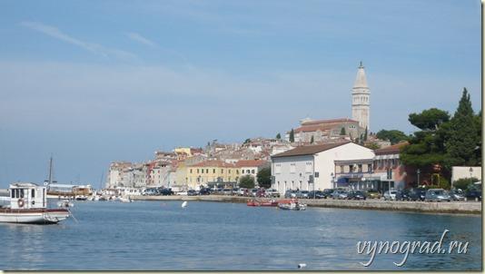 В начало авторского очерка *Ровинь* - из цикла *Путешествие по Хорватии...