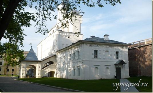 На этом фото запечатлена нынешняя Новгородская Звонница...