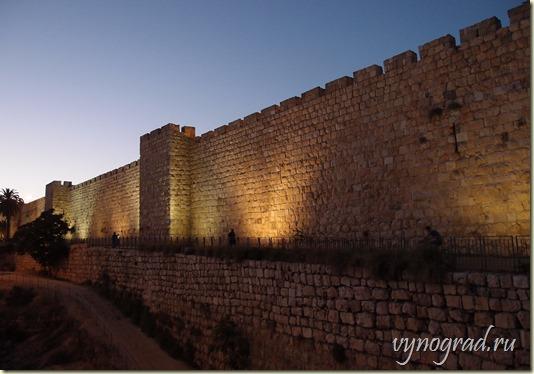 Ссылка этого фото открывает Авторский Очерк *Город, который хотят завоевать все* из цикла *Путешествие по Израилю...