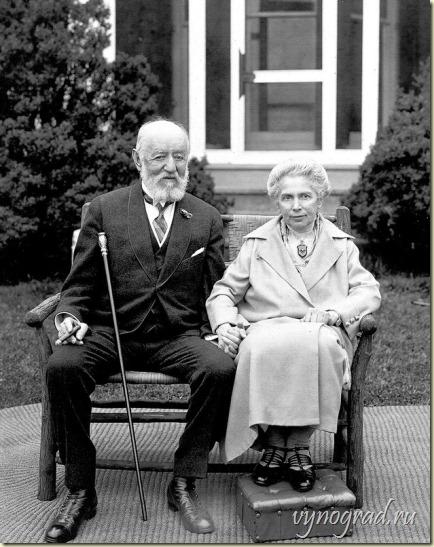 Фотография супругов Лины и Натана Штраусов... Ссылка фото ведёт в Очерк *Когда Семья - Человечество*...