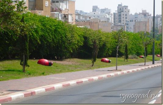 Сссылка этого фото улицы Нетании открывает Авторский Очерк *Нетания на Средиземном море* из цикла *Путешествие в Израиль...